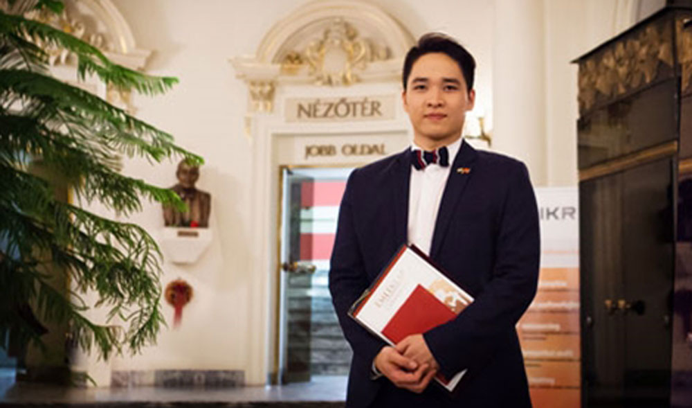 Vietnamese student, Ninh Duc Hoang Long, Hungarian singing contest, first prize, Hungarian, TV talent show, range category, grand final, title of Virtuosos