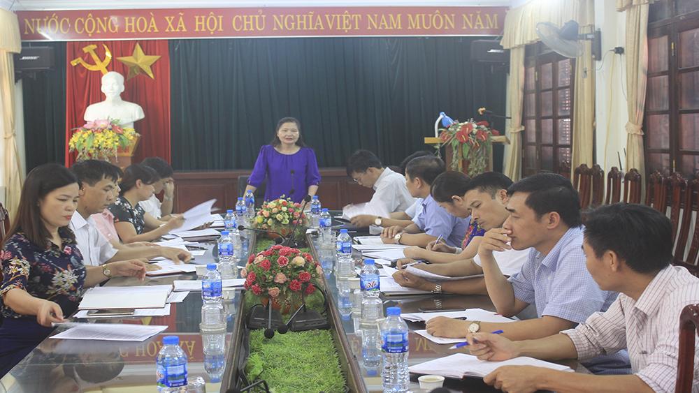 Ban Văn hóa - Xã hội giám sát hành nghề y dược tư nhân tại Lục Ngạn