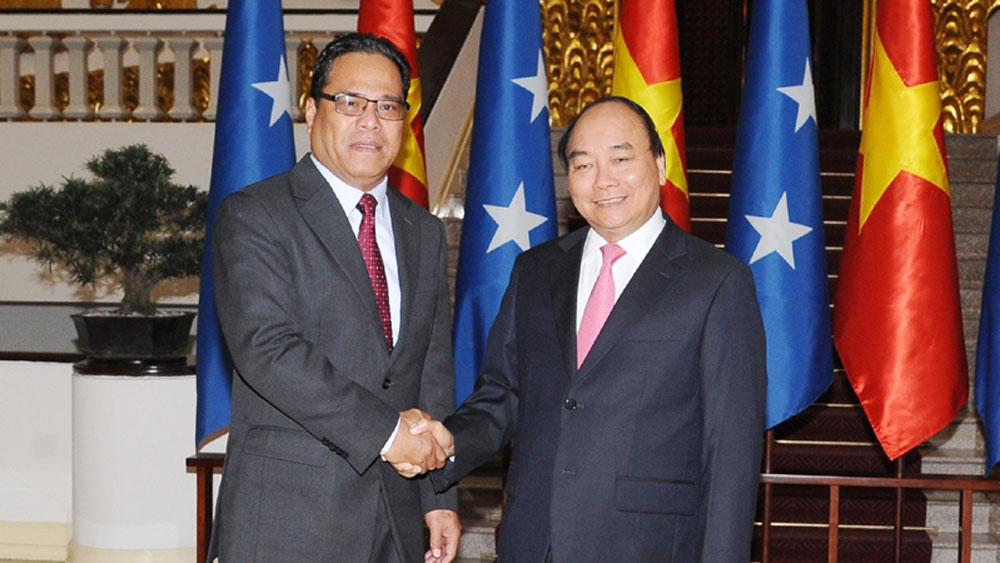 Vietnam, wide-ranging cooperation, Micronesia guest, Prime Minister Nguyen Xuan Phuc, active cooperation, bilateral cooperation, regional and multilateral forums