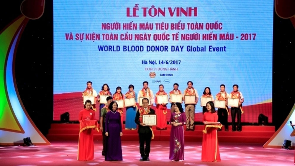 Outstanding blood donors to be praised at Hanoi ceremony on June 9