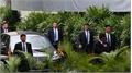 Vệ sĩ áo đen Triều Tiên 'một bước không rời' ông Kim Jong-un tại Singapore