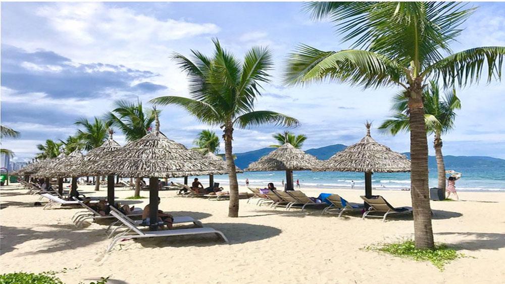 Mỹ Khê, bãi biển, hút khách, mùa nóng