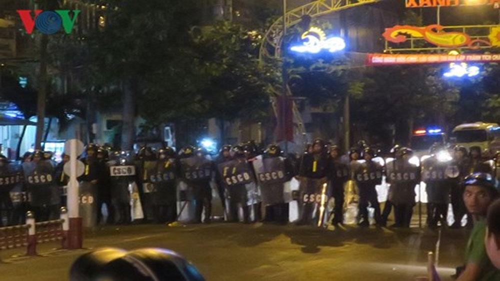 Ngăn chặn, cuộc gây rối thứ 2, trụ sở UBND tỉnh Bình Thuận