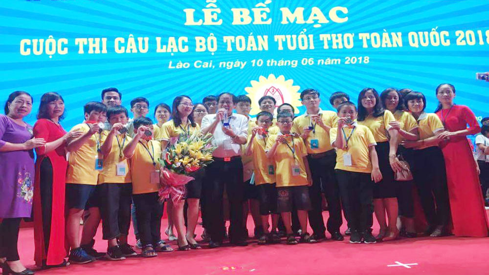 Bac Giang students win two silvers at Childhood Math Club National Contest