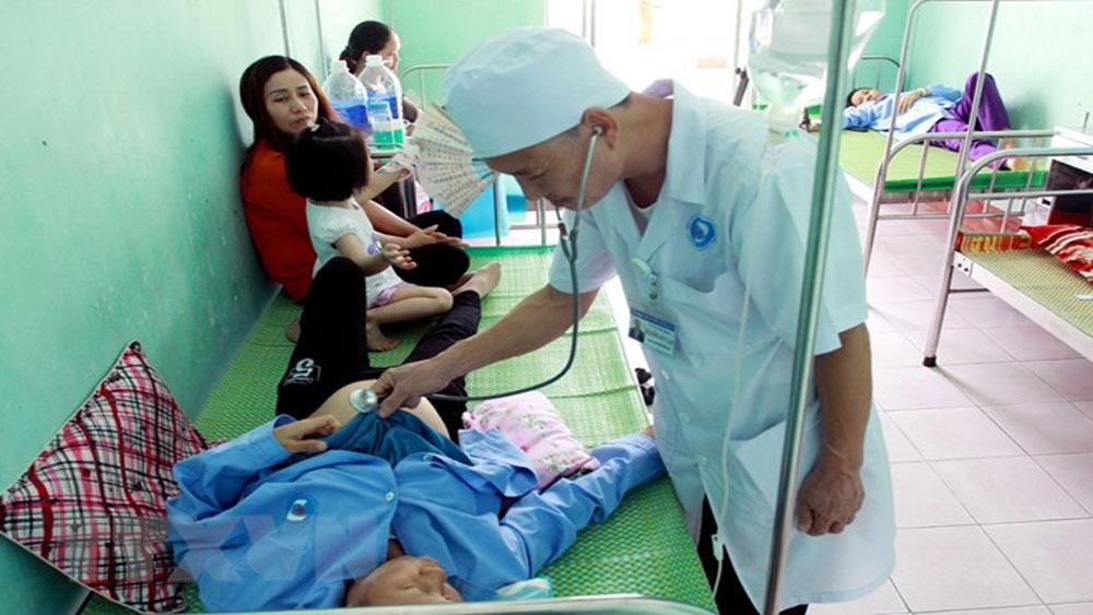 Thái Bình: Cấp cứu kịp thời 32 bệnh nhân nghi bị ngộ độc thực phẩm