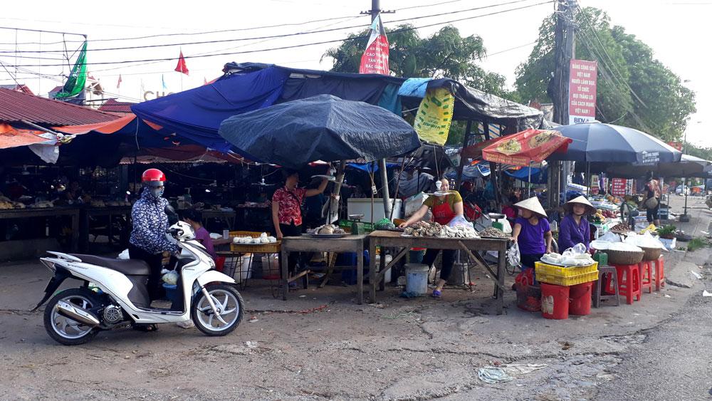 Tạm dừng chuyển đổi chợ Mọc (Tân Yên)