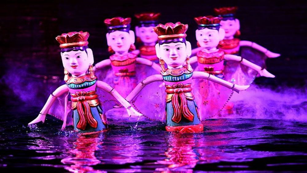 Tourism sector, Vietnam's ancient art, water puppets, Thang Long theater, tourist circuit, wooden dragon,  centuries-old art form