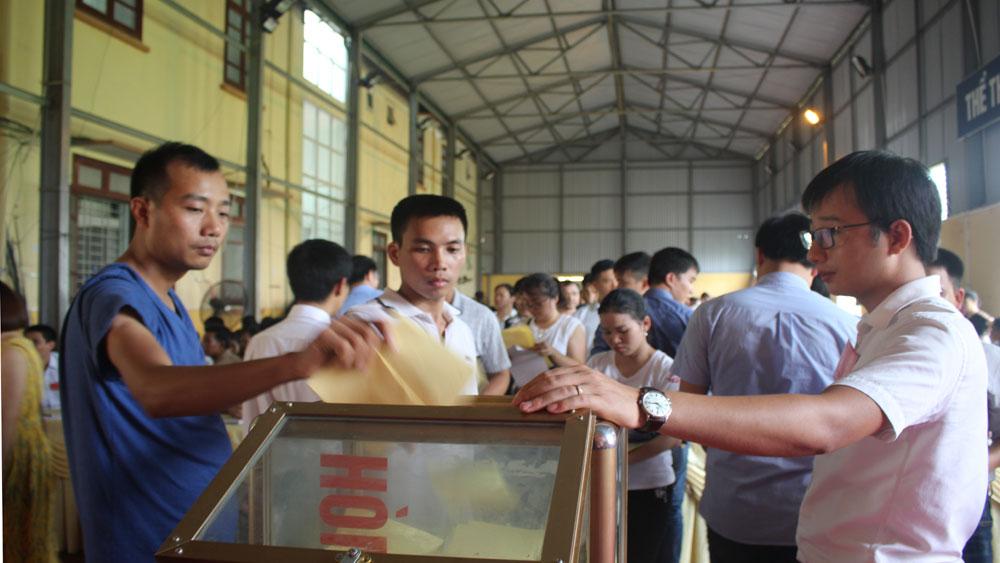 Đấu giá quyền sử dụng 71 lô đất ở tại xã Hương Gián