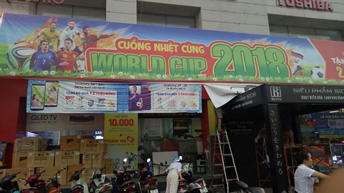 Nhạc cụ, tái chế, thực đơn, World Cup 2018, quần áo, linh vật