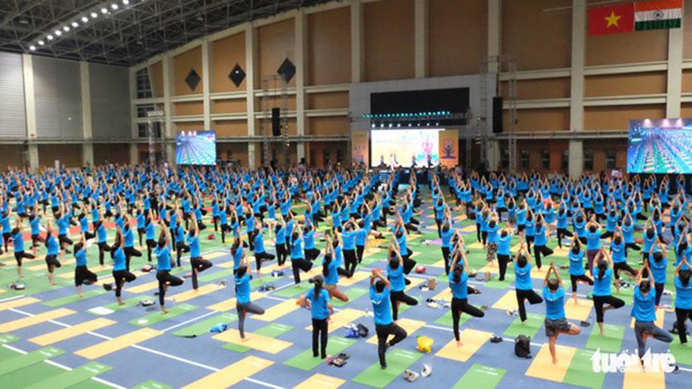 Fourth International Day of Yoga observed in Hanoi