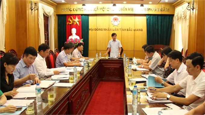 Ban Văn hóa - Xã hội, HĐND tỉnh thẩm tra dự thảo Nghị quyết đặt tên đường tại Hiệp Hòa và Sơn Động