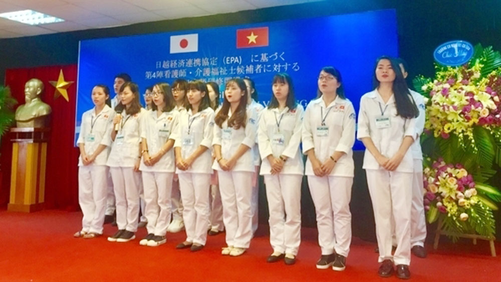 Vietnam sends nearly 60,000 workers abroad in first half of 2018
