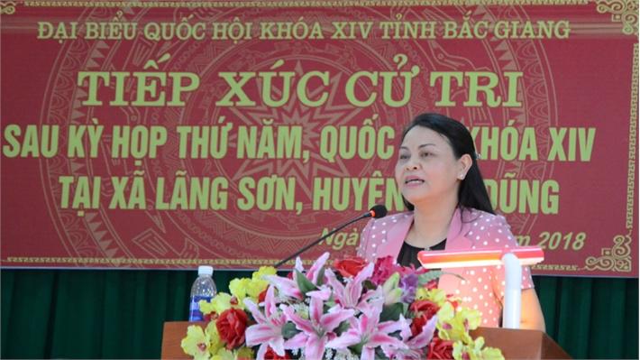 Đoàn Đại biểu Quốc hội tiếp xúc cử tri huyện Yên Dũng