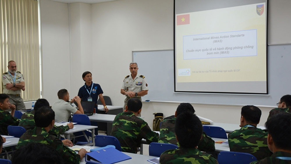 Vietnam, France, military engineering, UN peacekeeping, Vietnam Peacekeeping Department, la Francophonie, professional exchange programme, bilateral strategic partnership