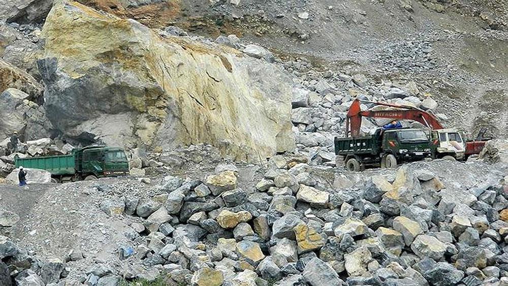 Lần đầu tiên đấu giá ba khu vực khai thác khoáng sản