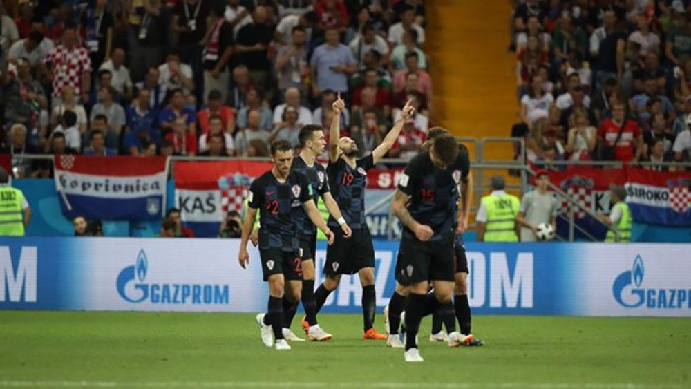 Croatia giành ngôi đầu bảng D với 3 trận toàn thắng