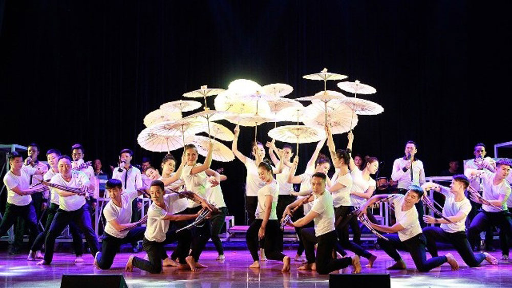 Cao Bang province, National Dance, Music Festival, special gala, cultural identity, contemporary society, Vietnamese performing arts