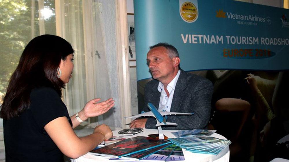 Vietnam's tourism brought closer to Czech people