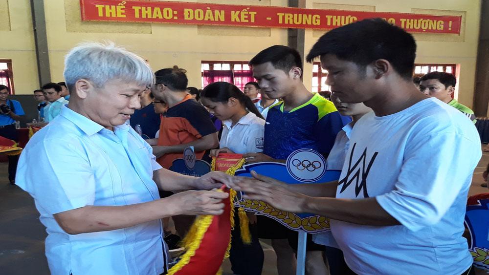 Hơn 100 vận động viên tham gia giải bóng bàn tỉnh Bắc Giang năm 2018