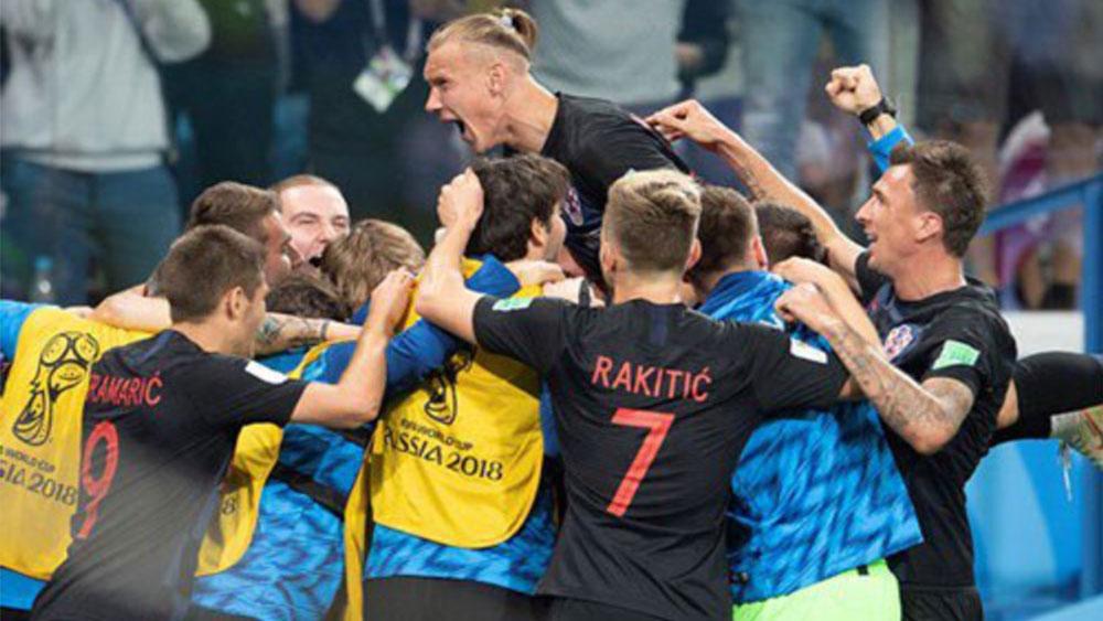Thắng Đan Mạch, Croatia gặp Nga ở tứ kết