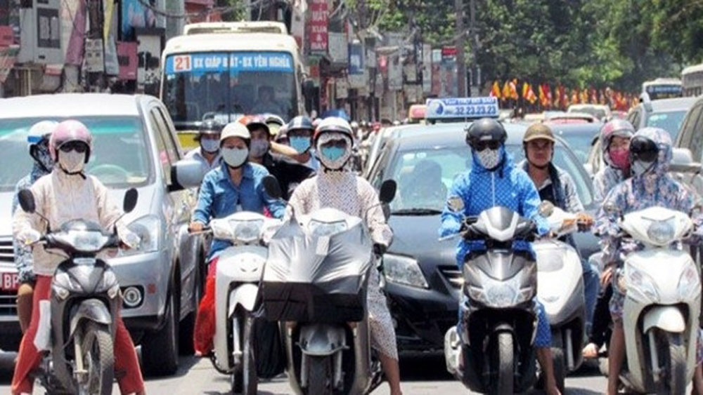 Fierce heat continues to spread across Northern Vietnam, temperatures over 40C