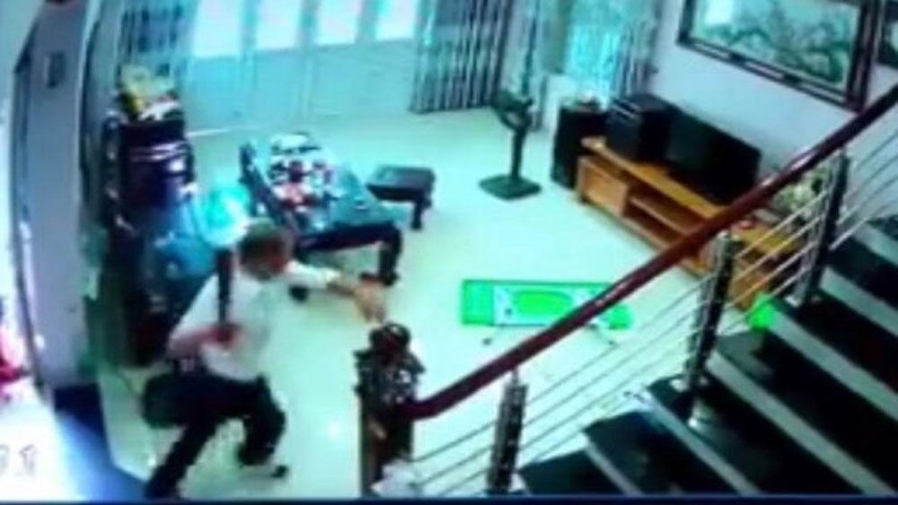 Truy sát dã man tại Hà Nội