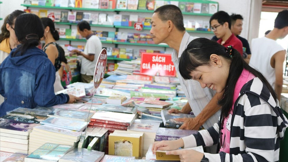 Ho Chi Minh City summer book fair opens
