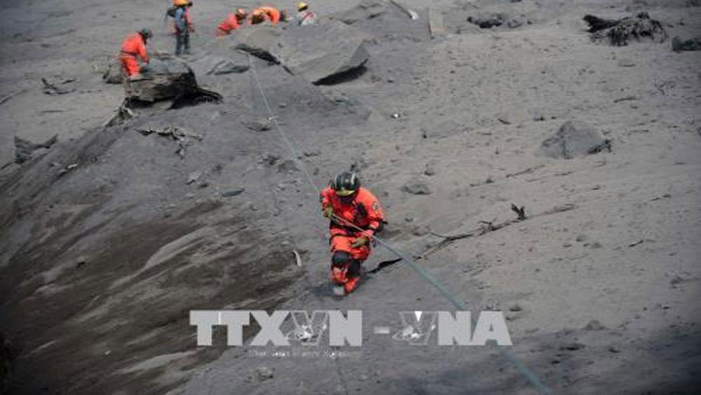 Hơn 330 người vẫn mất tích sau vụ núi lửa phun trào ở Guatemala