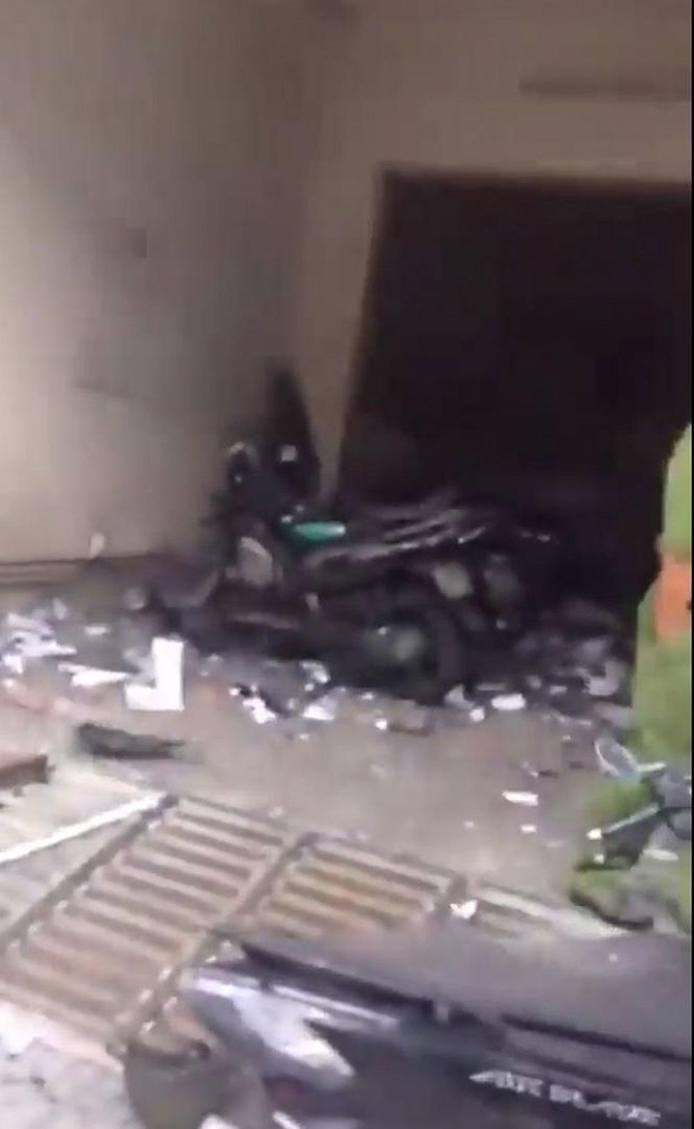 Vụ nổ trụ sở công an phường, đối tượng, nghi khủng bố