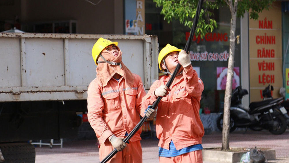 Vietnam breaks all-time energy use record in heat wave