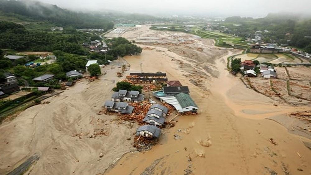 Nhật Bản, 35 người chết, 50 người mất tích, trận mưa, kỉ lục