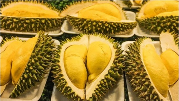 How to peel and eat 'exotic' fruits in Vietnam