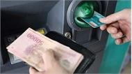 4 ngân hàng lớn lại bị 'tuýt còi' tăng phí rút tiền ATM