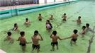 Dạy bơi miễn phí cho trẻ em hoàn cảnh khó khăn