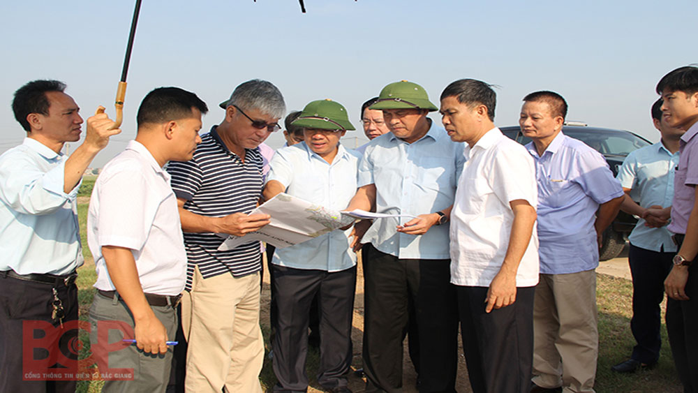 Provincial leader's field trip for Industrial Park planning