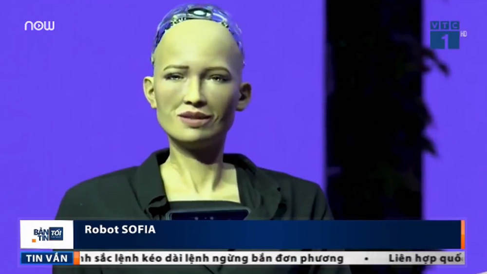Hiểu biết đáng nể của robot công dân Sophia