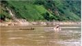 Tìm được thi thể nạn nhân đầu tiên trong vụ lật thuyền trên sông Đà ở Lai Châu