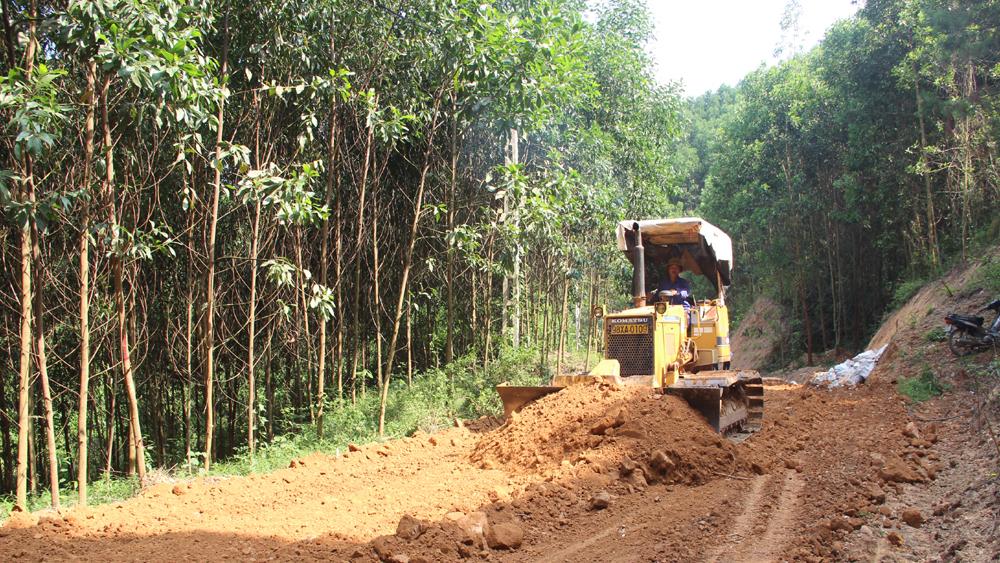 Hơn 2,2 tỷ đồng xây dựng tuyến đường thôn Sản 1 đi Phiên Hương