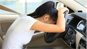 Ba mẹo hay giúp người thấp bé lái xe ôtô thoải mái và an toàn