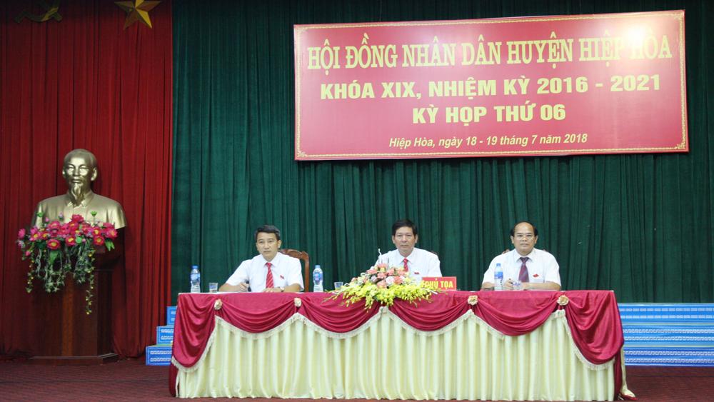 Kỳ họp thứ 6, HĐND huyện Hiệp Hòa, thông qua 5 nghị quyết