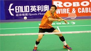 VN star enters semi-finals of Singapore Badminton Open