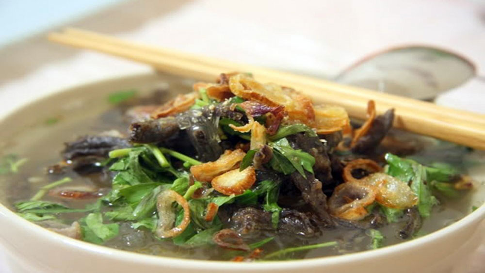 Mien Luon, Eel noodles,  delicious specialty, local dish, important elements, pleasant smell, buttery sweet taste