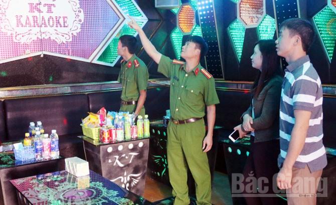 Xử phạt 8 cơ sở kinh doanh dịch vụ karaoke