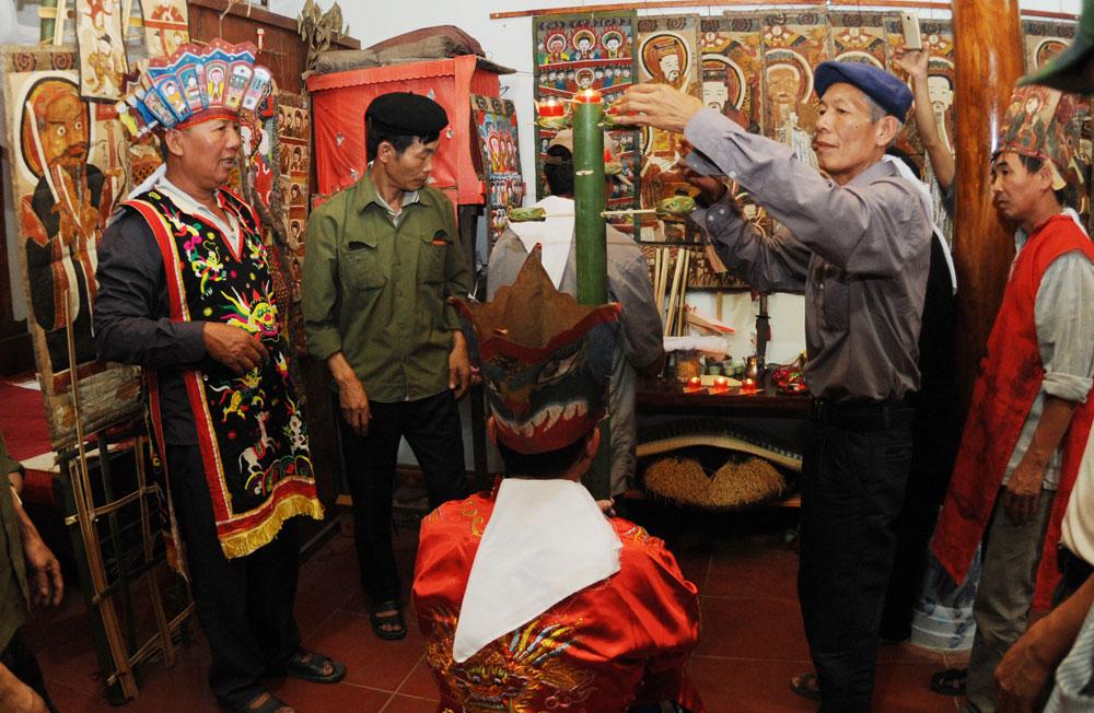 Lễ cấp sắc, dân tộc Dao Thanh Phán, xã Tuấn Mậu