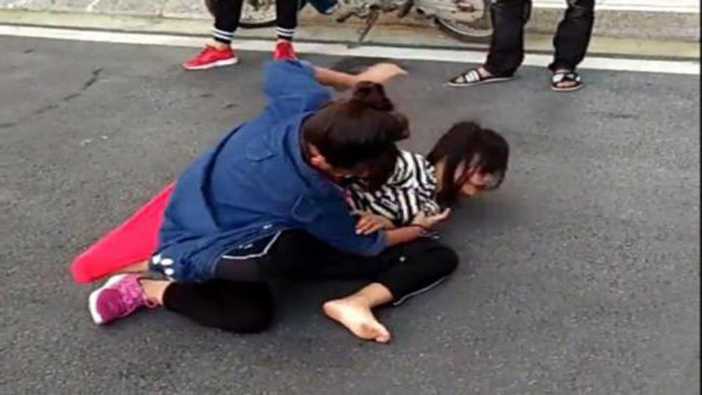 TP Bắc Giang: Xô xát giữa hai nhóm học sinh, một nữ sinh bị đâm trọng thương