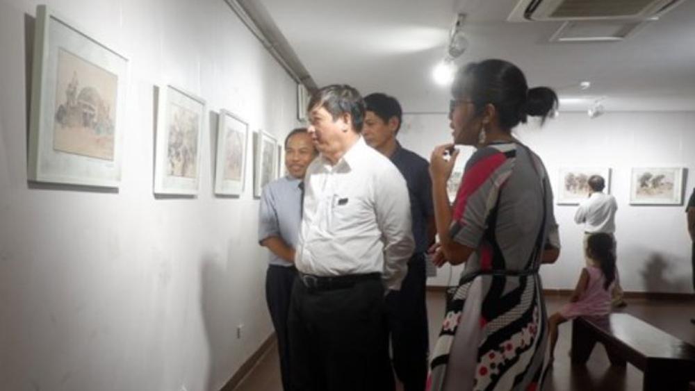 Đà Nẵng: Khai mạc Triển lãm ký họa kháng chiến