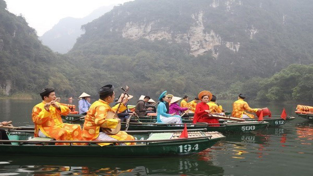 Boat tour, Trang An tourism, Trang An complex, Ninh Binh province, World Heritage Site, new waterway route tour