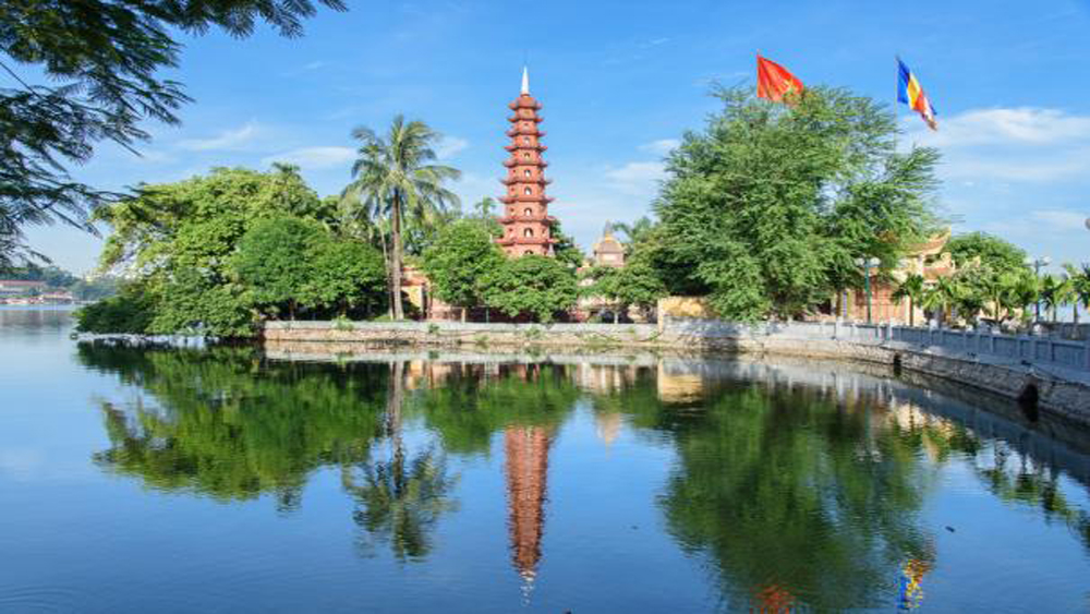 Tran Quoc pagoda, Hanoi tourist attraction, Buddhists followers, domestic and international tourists, West Lake, Tay Ho district