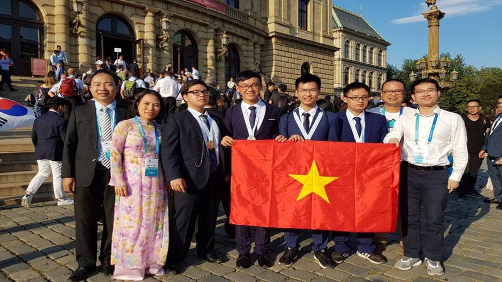 Tuyển Việt Nam đi thi Olympic Hoá học Quốc tế thắng đậm: Tất cả đều đoạt huy chương
