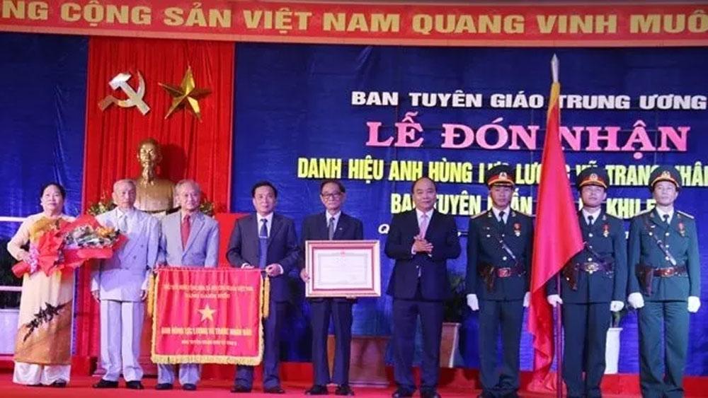 Ban Tuyên huấn Khu ủy Khu 5 nhận danh hiệu Anh hùng lực lượng vũ trang nhân dân